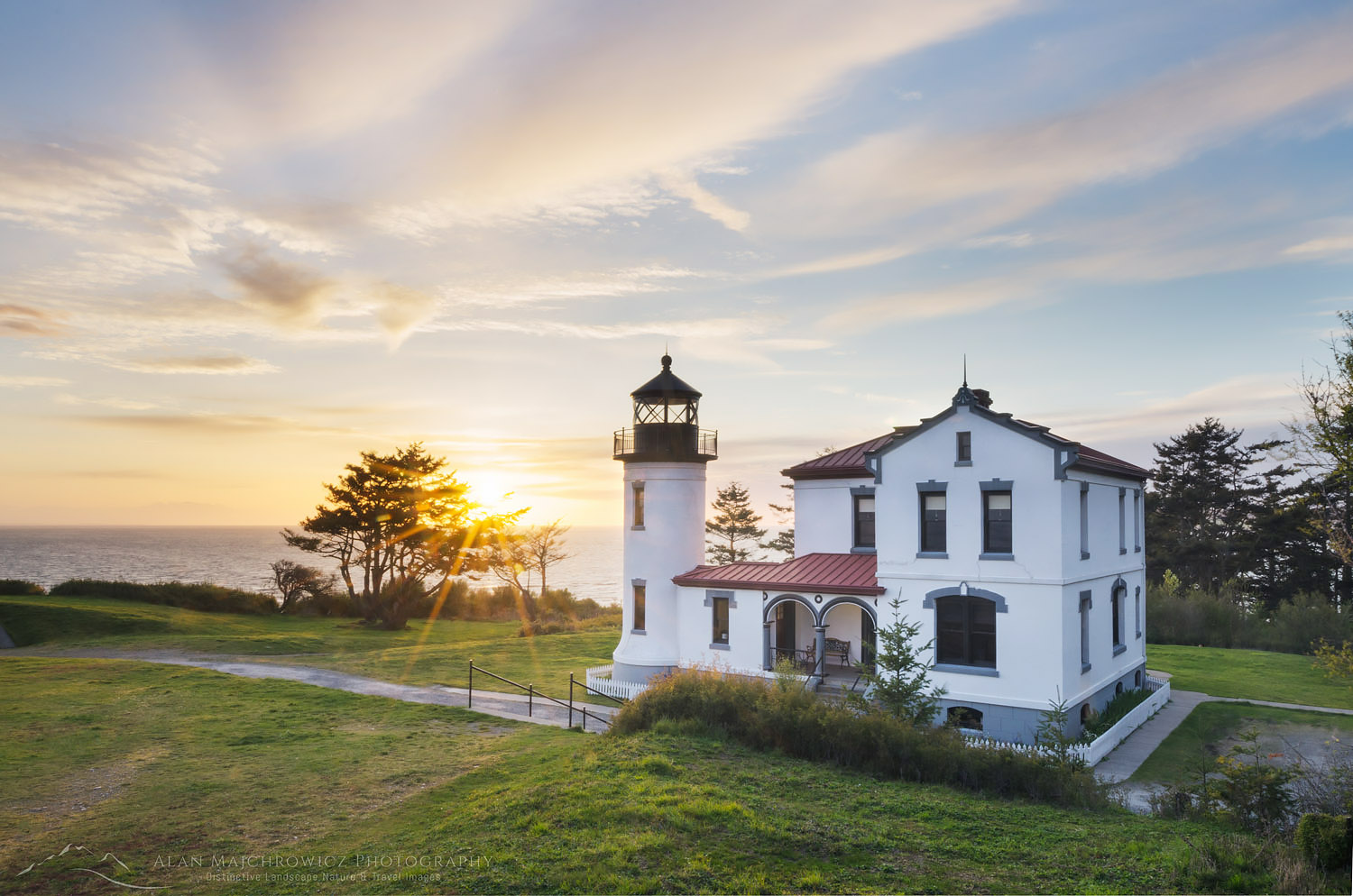 Admiralty Head Lighthouse, Washington