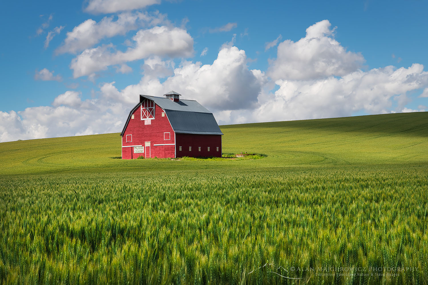 Red Barn Palouse Region Washington